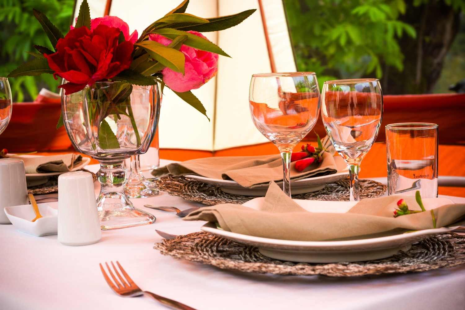 dining tent details