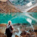 looking humantay lake